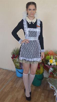 Девушка в школьном фартуке фото 349-768